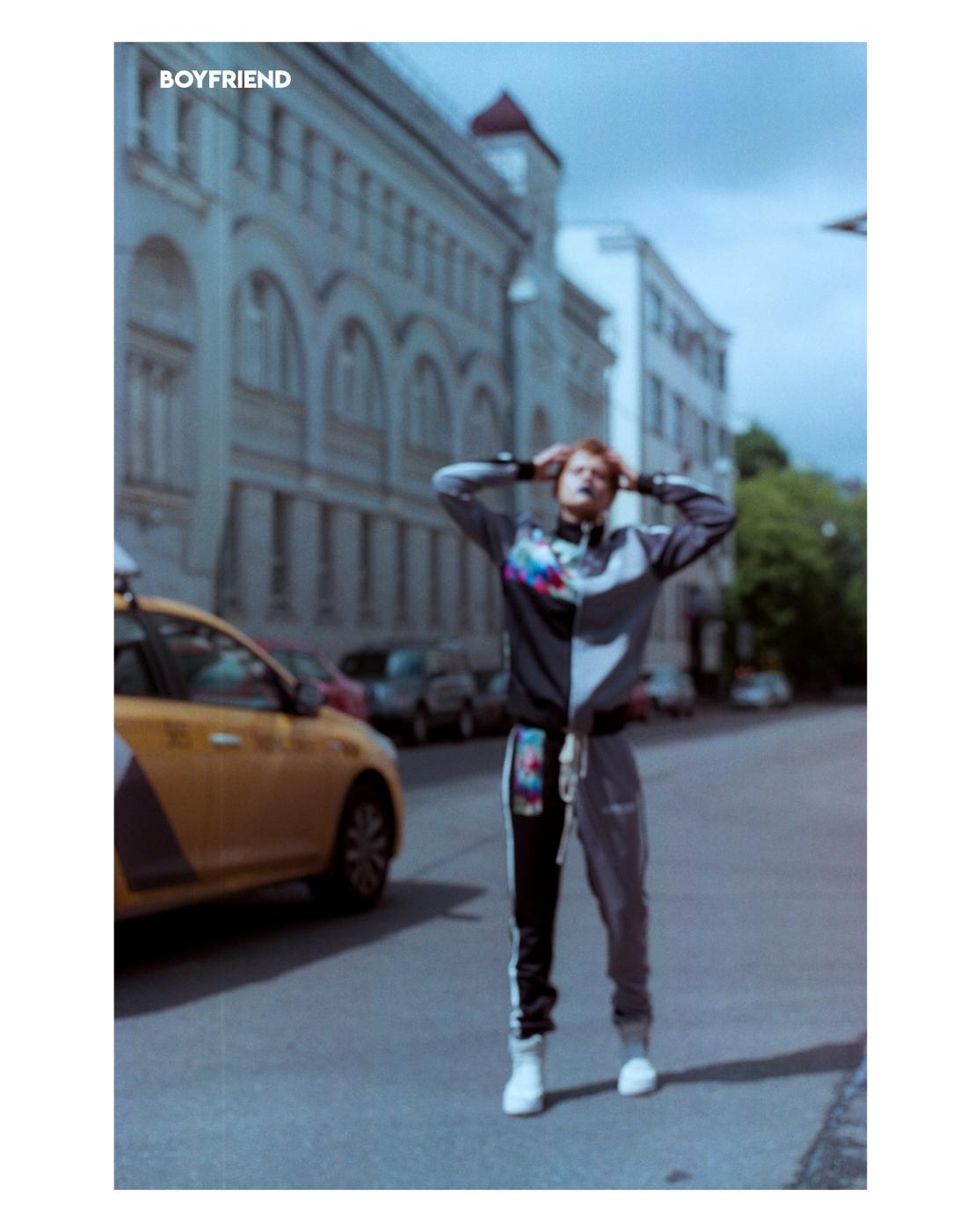 Boyfriend Mag - August 2018 - Anything but Ordinary - Elena Karma2
